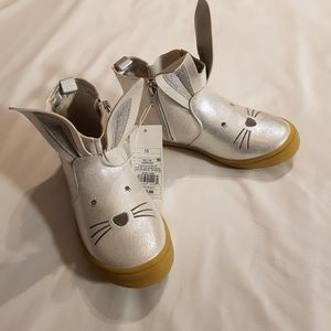 New silver sparkly bunny boots girls 13